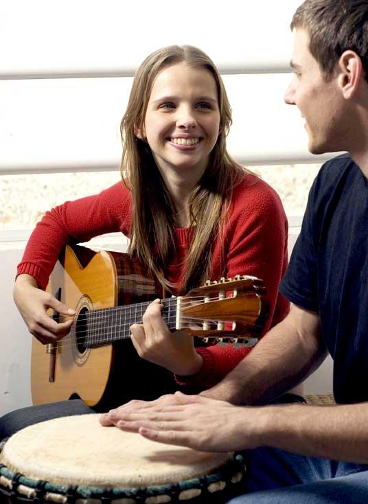Jouez facilement des Chansons à la Guitare