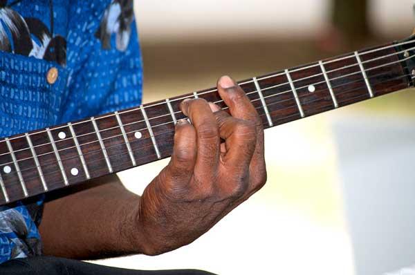 Tout pour Maîtriser les Accords à la Guitare