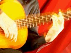 6 Astuces pour enchaîner des accords à la guitare sans perdre le rythme